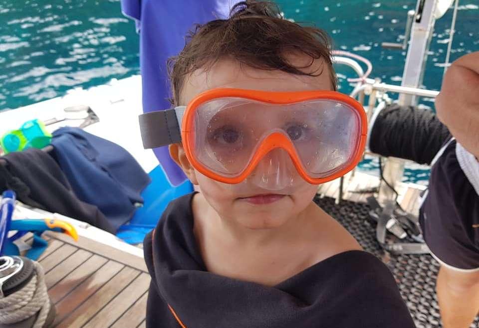Le snorkeling, c'est pour tous les âges :) Bravo jeune pirate !!!